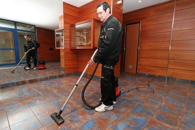 nettoyage-sols-immeubles- Granjouan propreté